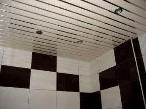 Выбираем потолок в ванную